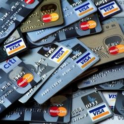 Как избежать неприятностей при использовании деловых кредитных карт?