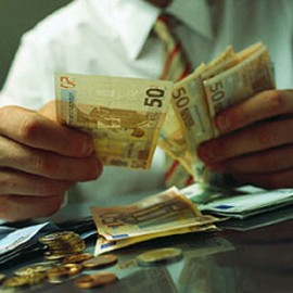Стоит ли брать потребительский кредит?