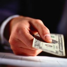 Стоит ли вкладывать деньги в зарубежные банки?