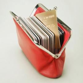 Потребительский кредит наличными или кредитная карта. Что удобнее?