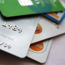 Чем выгодна мультивалютная кредитная карта?